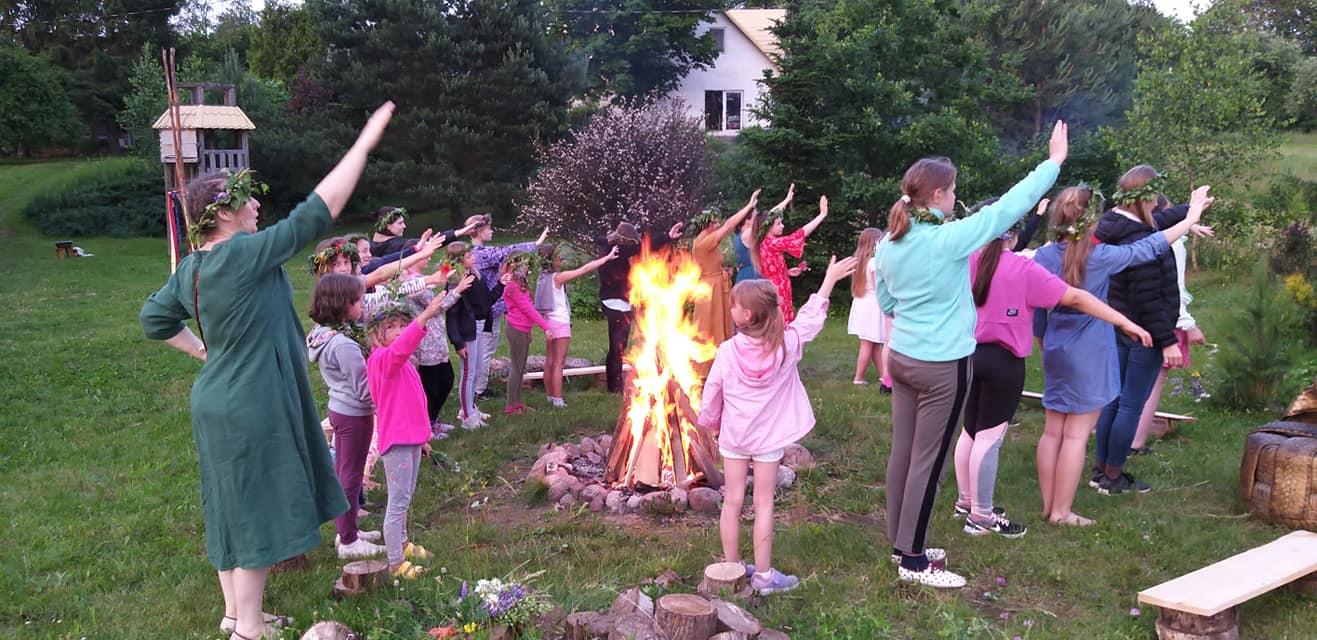 Gervinių stovyklos. Mergaičių pamaina 2020